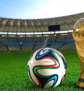 Всем настоящим болельщикам футбола !